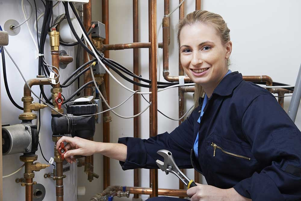 Important Tips to Keep in Mind While Looking Plumbing Services!